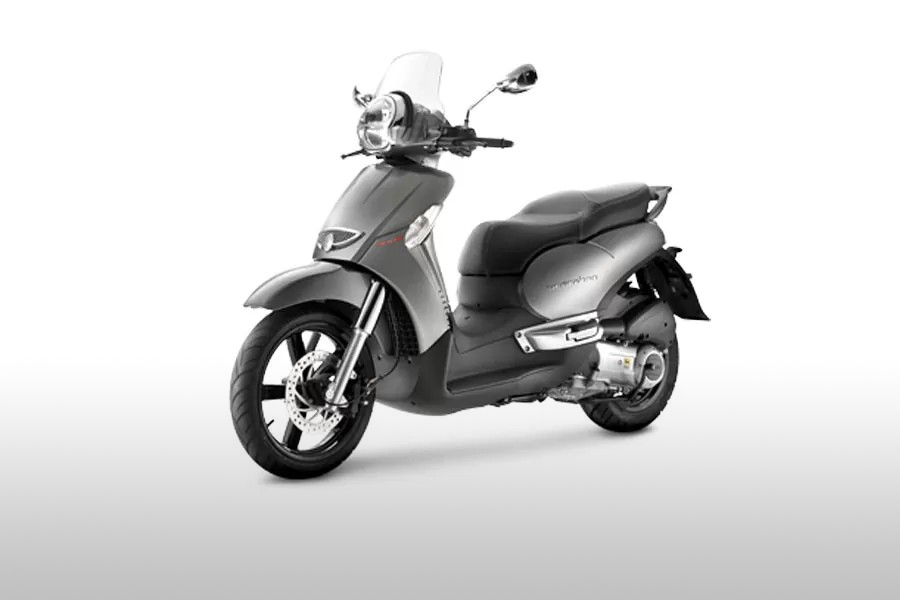 rent-bike-zante-apilia-scarabeo-200cc